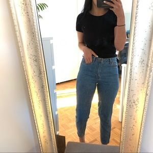 best jeans / can be a regular or mom jeans style